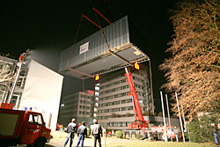 The flying Cluss Cube, Heilbronn, June 2006